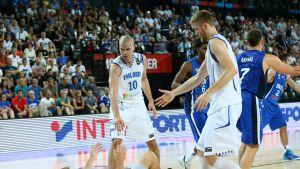 Matti Nuutinen Tuukka Kotti Mikko Koivisto Susijengi Israel EM-koripallo 2015