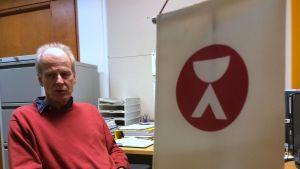 Helsingin yliopiston krapulatutkimukseen ilmoittautui yli 500 vapaaehtoista, joista valittiin sopivimmat, kertoo Peter Eriksson.