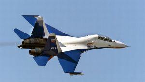 Venäläinen Suhoi Su-30 -hävittäjä.