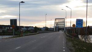 Ruotsin ja Suomen raja Övertorneålla.