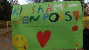 Tukioppilaat ja oppilaskunta organisoivat tänään Imatran Tainionkosken koulussa kiusaamisen vastaisen mielenosoituksen.