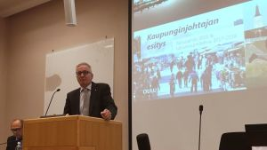 Kaupunginjohtaja Matti Pennanen.
