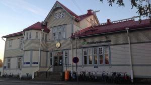 Kajaanin rautatieasema.