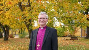 Piispa Seppo Häkkinen Mikkelin hiippakunnasta