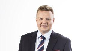 Harri Nummela, O-P-ryhmän varallisuudenhoidon liiketoimintajohtaja, Jääkiekkoliiton puheenjohtajaehdokas.