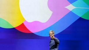 Tim Cook, Applen toimitusjohtaja.