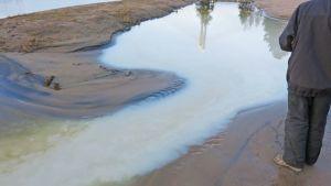 Uimarannan pikku laguunin vesi oli kuin maitoa.