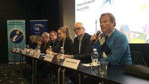 Europpatiedotuksen EU-seminaari maanantaina Oulussa pohti muun muassa pakolaiskriisiä.