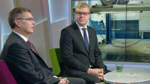 Autoalan Keskusliiton toimitusjohtaja Pekka Rissa sekä Autoliiton toimitusjohtaja Pasi Nieminen.
