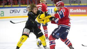 Mikael Kuronen ja Micke Åsten kuvassa