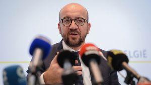 Belgian pääministeri Charles Michel tiedotustilaisuudessa Brysselissä lauantaina.