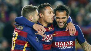 Barcelonan pelaajat juhlivat