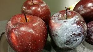 vahapintaisia omenoita