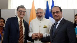 Bill Gates, Narendra Modi, Francois Hollande YK:n yleiskokouksessa syyskuussa 2015.