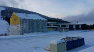 Suomun hiihtokeskus tulipalon jälkeen joulukuussa 2015