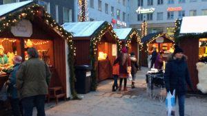 Oulun joulutori on Tiernatori.