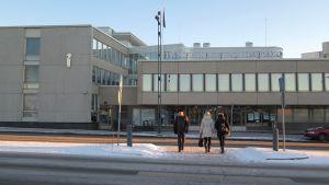 Tampereen poliisitalo ulkoa.