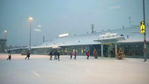 Kuusamon lentoasema
