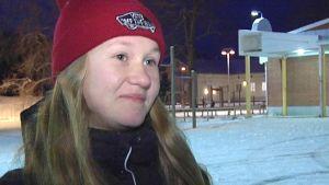 Seitsemäsluokkalainen Rosanna Savolainen Liperistä.