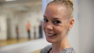 Tiina Timonen löysi uuden uran loukkaantumisen jälkeen. Entinen tanssin opettaja opiskelee nyt kulttuurituottajaksi Humanistisessa ammattikorkeakoulussa.