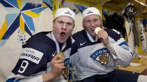Jesse Puljujärvi, FIN #9 , Patrik Laine, FIN #29