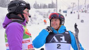 Jari Vesa ja Kalle Palander ottivat pujottelukisan Keminmaan Kallilla.