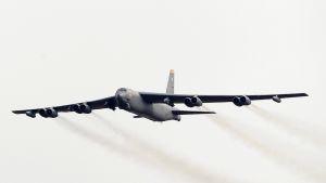 pommikone ilmassa