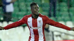 Athletic Bilbaon Inaki Williams tuulettaa.
