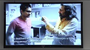 Kuvakaappaus Talk2Me -sovelluksen esittelyvideosta.
