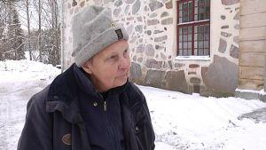 Margareta Segersven muistelee 60 vuotta myöhemmin aikaa, kun evakkoretki Ruotsiin päättyi.