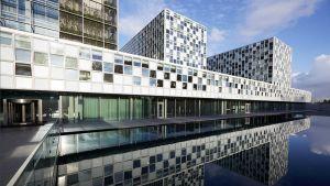 ICC, Kansainvälinen rikostuomioistuin Haagissa.
