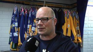 Jääkeikkovalmentaja Risto Dufva