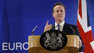 Britannian pääministeri David Cameron piti yöllä tiedotustilaisuuden Brysselissä.