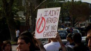 Mielenosoitus KKK:ta vastaan,