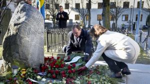 Olof Palmen hauta 28. helmikuuta 2016.