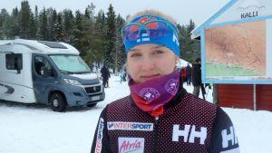 Josefiina Böök, Karihaaran Visan hiihtäjä.