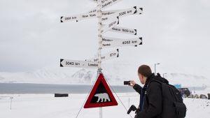 Viitta Longyearbyen lentokentällä.