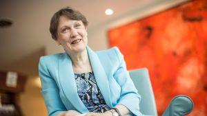 Uuden-Seelannin entinen pääministeri ja YK:n kehitysohjelman johtaja Helen Clark.