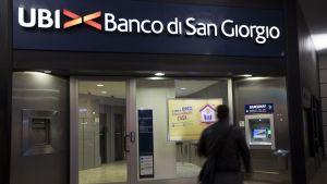 UBI-pankin sisäänkäynti.