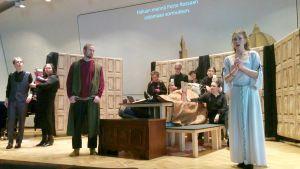 Gianni Schicchi -oopperan harjoitukset Joensuun konservatoriossa.