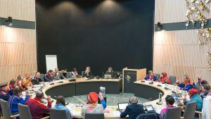 Saamelaiskäräjien täysistunto 15.4.2016