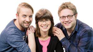 Yle Lappeenrannan juontajat Juha-Pekka Taskinen (vas), Sirkka Haverinen ja Olli Aimola