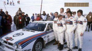 Markku Alén Lancia-tallin esittelytilaisuudessa Walter Röhrlin, Ilkka Kivimäen ja Christian Geistdörferin kanssa.