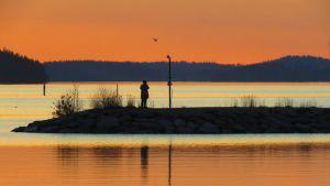 Auringonlasku Vesijärvellä.
