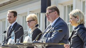 Pohjoismaiden ulkoministerit Kristian Jensen, Margot Wallström, Timo Soini  ja Lilja Alfredsdottir.