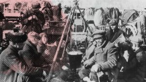 Punavankeja Fellmanin pellolla Lahdessa vuonna 1918.