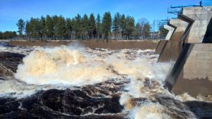 Ohijuoksutus Valajaskoski Kemijoki toukokuu 2016
