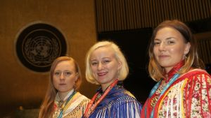 Milla Pulska (gur.), Petra Laiti ja Ida-Maria Helander UNPFII:s 2016.