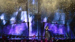 Rykka Sveitsistä esiintyi Euroviisujen 2. semifinaalin harjoituksissa 11. toukokuuta.
