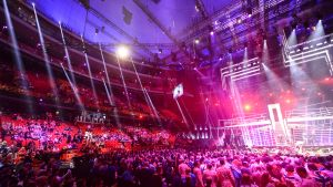 Yleisöä seuraamassa euroviisujen toista semifinaalia Tukholmassa